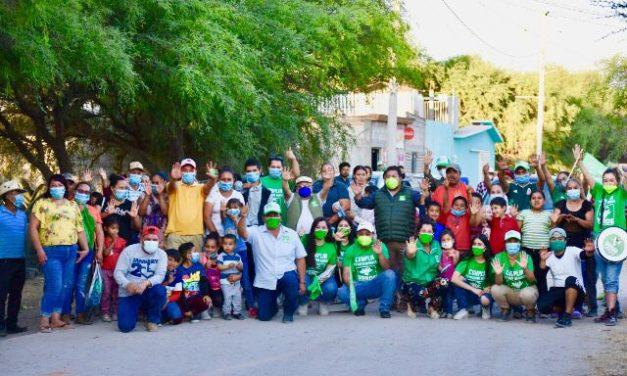 Arturo Pegueros recorre con éxito varias comunidades de San José Iturbide