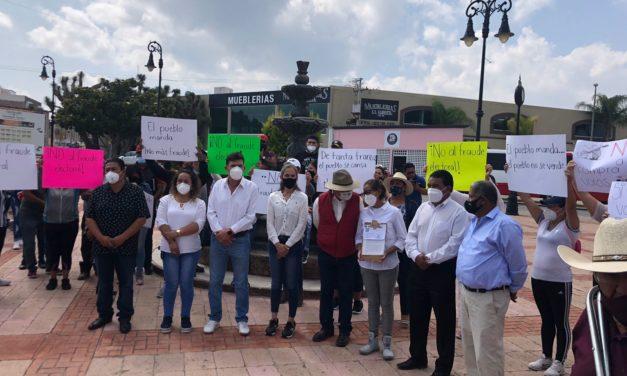 Siete ex candidatos a la alcaldía Iturbidense encabezan protesta contra los resultados de la elección