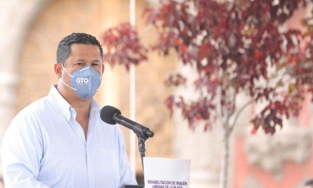 Pide gobernado a diputados y alcaldes salientes que no hagan «año de Hidalgo»
