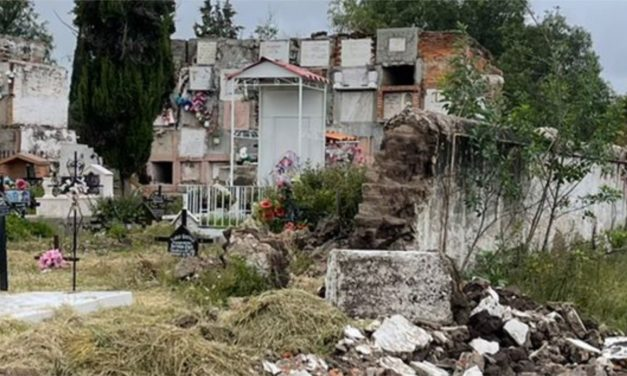 Lluvias continúan afectando a Panteón 1: ahora se derrumban gavetas