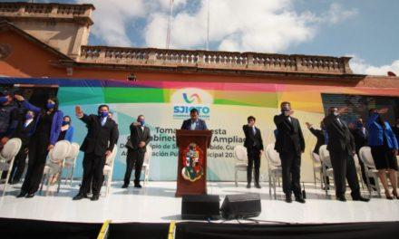Gobernador toma protesta a integrantes del Gabinete Legal y Ampliado 2021-2024