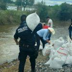 El secretario del Ayuntamiento, Jairo Armando Álvarez Vaca, encabeza las brigadas emergentes en comunidades afectadas por las lluvias